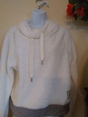 Hollister Sherpa Crop hoodie large for Sale in Acworth, GA