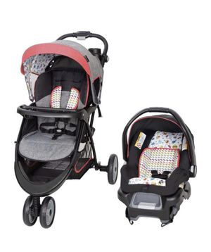 Car seat and Stroller Set for Sale in March Air Reserve Base, CA