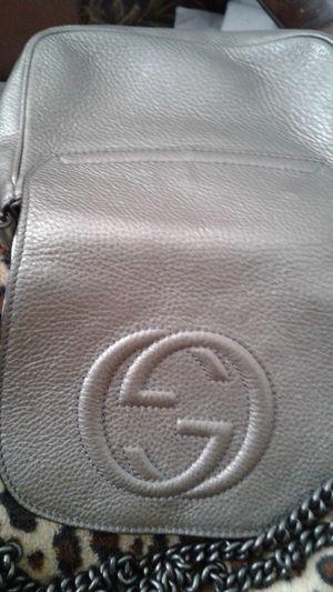 GUCCI CROSSBODY BAG, HAS SER # 828190625040,QR# 1014843103 for Sale in Milltown, NJ