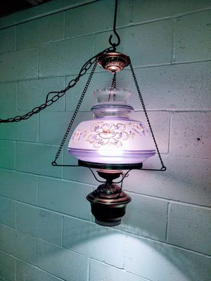 Vintage Gone With The Wind Hanging Lamp for Sale in Pleasant Hill, IA