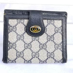 Vintage Gucci Accessories collection wallet for Sale in Arlington, TX