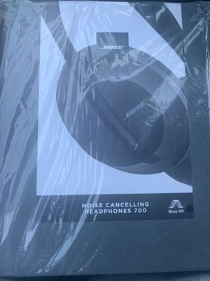 bose noise cancelling headphones for Sale in Kissimmee, FL