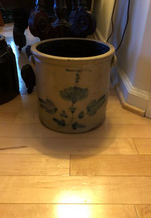 Large planter for Sale in Arlington, VA