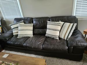 Couch,loveseat,chair and ottoman. Good condition very comfy for Sale in Freehold, NJ