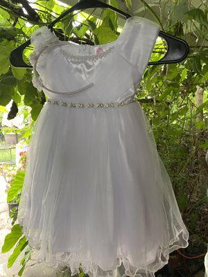 Beautiful baptism dress with shoes for Sale in Irwindale, CA