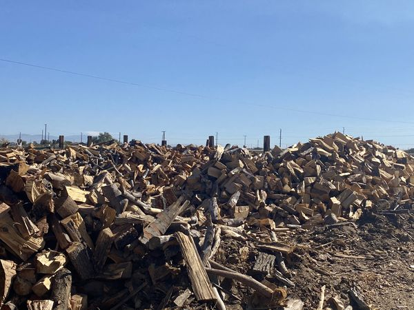 100% Seasoned Firewood.