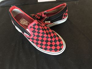VANS- low top checkered *LIKE NEW* for Sale in St. Louis, MO