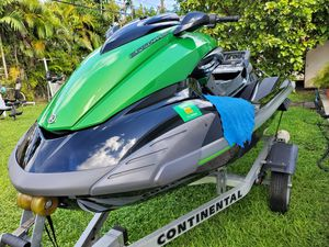 2012 Yamaha FZS waverunner with aluminum trailer. for Sale in Miami, FL