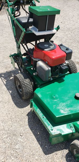Old school 32 Commercial Ransomes mower for Sale in Aurora, IL