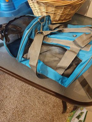 Small pet carrier for Sale in Aberdeen, WA