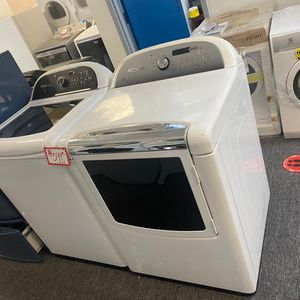 Whirlpool top load washer& dryer set in excellent condition with 4 months warranty for Sale in Laurel, MD