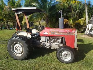 Massey Ferguson model MF 255 farm tractor 3-point PTO hitch for Sale in Hollywood, FL