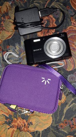 Sony Digital Camera 20.1 Mega Pixels (Charger and Case) for Sale in Dallas, TX