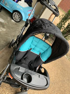 Double stroller for Sale in Memphis, TN