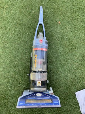 hoover windtunnel t series paws vacuum for Sale in Santa Ana, CA