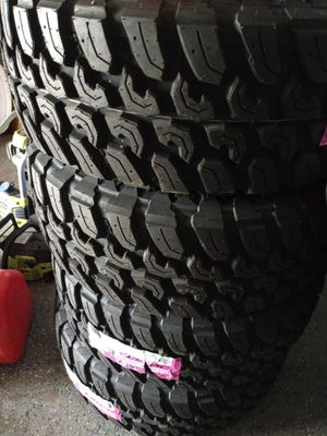 20x10 rims and new tires 6 lugs universal fit trucks chevy and ford for Sale in Fort Worth, TX
