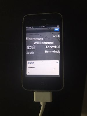 iPhone 3G S 32gb-ready to set up as new -great for storing music- comes with Charger- for Sale in Bellflower, CA