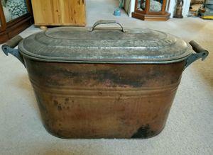 Antique Copper pot with lid for Sale in Las Vegas, NV