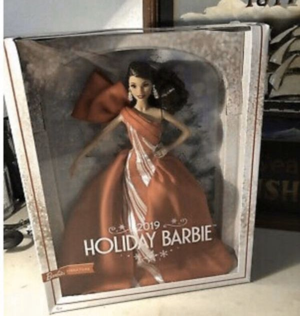 New Release BRUNETTE Doll 2019 HOLIDAY BARBIE In Hand SIGNATURE Hispanic Latina Mexico