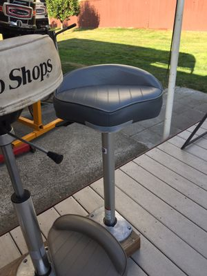 THREE NEW BASS BOAT SEATS, PEDISTALS AND BASES for Sale in Kent, WA