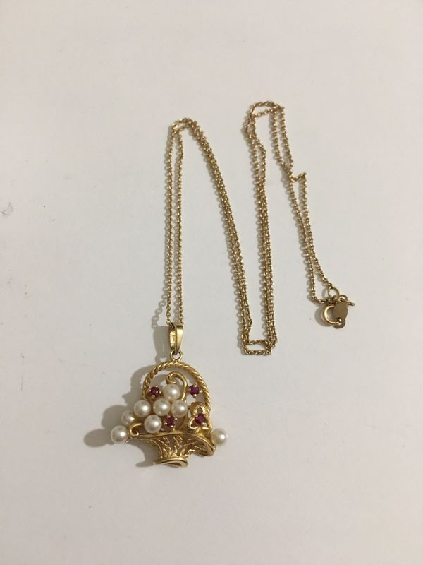 14k Pearl/Rubies Necklace