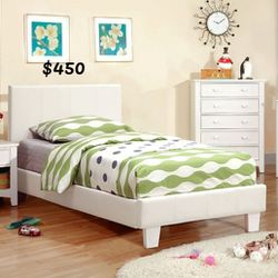 CALI KING BED FRAME AND MATTRESS INCLUDED for Sale in South Gate,  CA