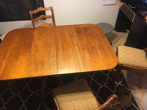 Wood table 4 chairs for Sale in Clovis, CA