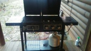Charcoal and propane grill for Sale in Cape Girardeau, MO