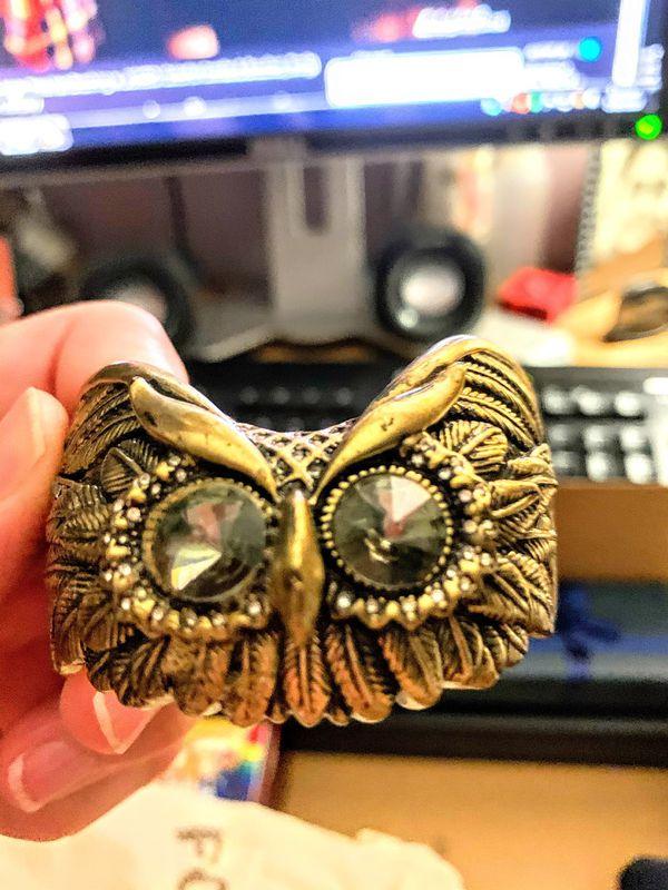 Vintage Fossil owl cuff bracelet