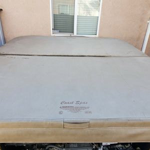 Hot Tub/spa Cover for Sale in San Jacinto, CA