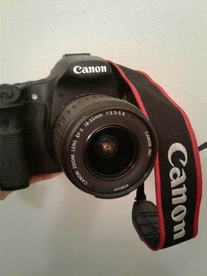 CANON camera 60D for Sale in Los Angeles, CA