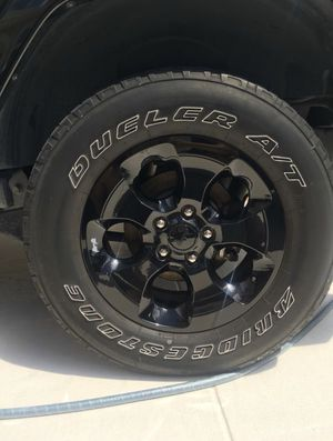 Jeep Wrangler JK Stock Wheels and Tires for Sale in Fort Lauderdale, FL