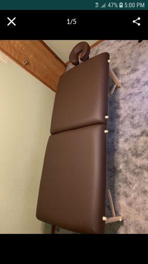 Earth lite Massage table for Sale in Tacoma, WA