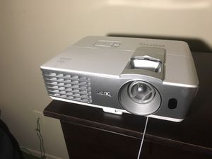 Benq projector for Sale in Fort Wayne, IN