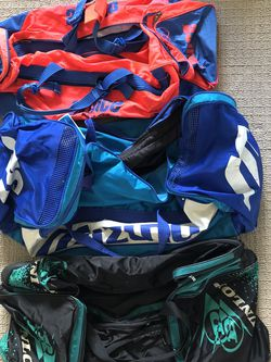 GYM AND DUFFLE BAGS for Sale in Fort Lauderdale,  FL