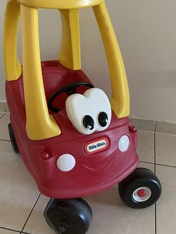 Little Tikes Car for Sale in Aventura,  FL