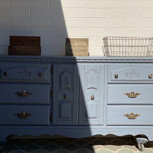 Gray Dresser for Sale in Phoenix, AZ