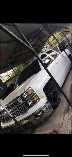 Chevy Silverado for Sale in Riverside, CA