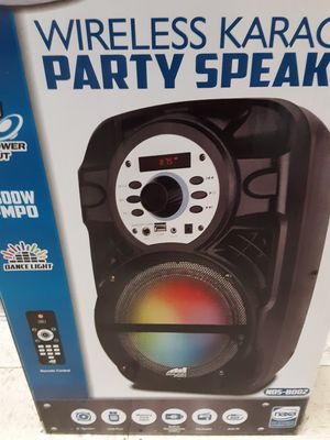 """New Sound pro 8"""" portable party speaker 1800 watts bluetooth aux USB sd card FM remote control rechargeable for Sale in South Gate, CA"""