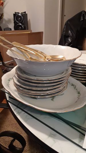 Gold rim China dishes servings for 8, & A wall ornament displayed as a huge round 1962 silver quarter for Sale, used for sale  Woodbridge Township, NJ