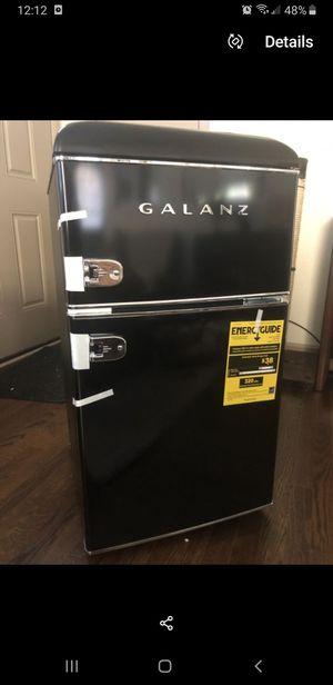 Brand new Galanz retro Black mini fridge for Sale in Atlanta, GA