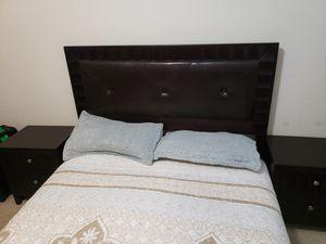 Queen bedroom set brown for Sale in Houston, TX