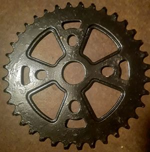 36T SPROCKET FOR BMX for Sale in Lynwood, CA