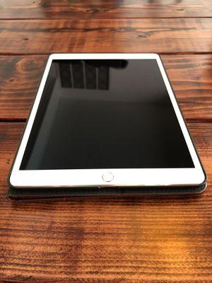 iPad Pro 10.5 (Cellular & WiFi) for Sale in Renton, WA