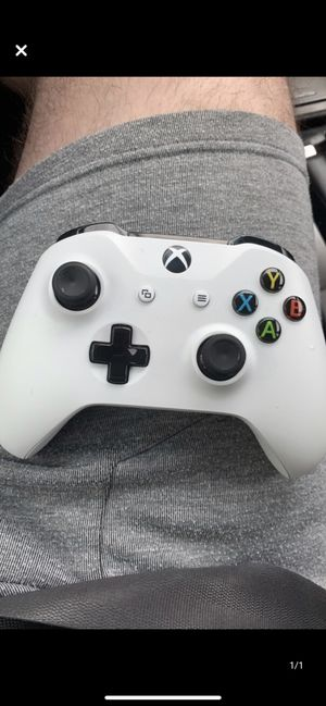 Xbox One Controller for Sale in Ashburn, VA