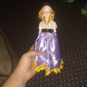 Antique Doll Active for Sale in Birdsboro, PA
