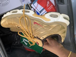 Nike Air Max Gold for Sale in Hyattsville, MD