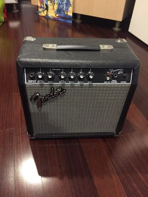 Fender Frontman 15G Amp for Sale in Fairfax, VA