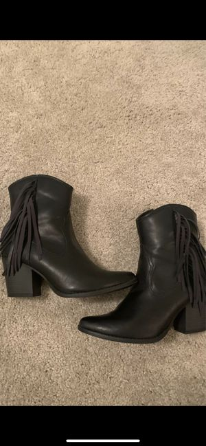 Cowgirl boots women size 8 1/2 for Sale in Coppell, TX