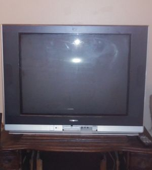 Toshiba HDMI COMPATIBLE TV for Sale in Clearwater, FL